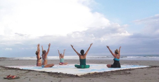 beach-yoga-3